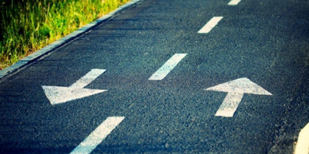 2 антагонистических оценки, чтобы выбрать хорошее направление бизнеса
